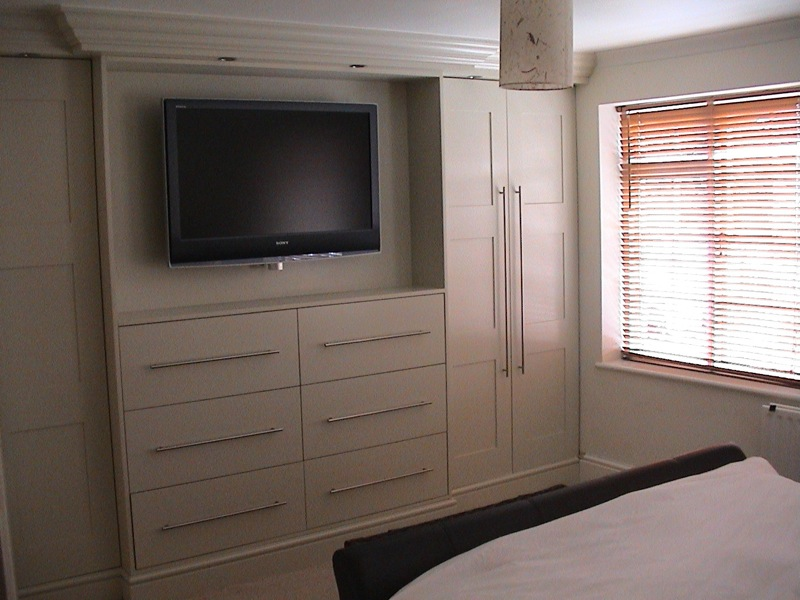 Beechwood interiors gallery for Bedroom designs with tv and wardrobe